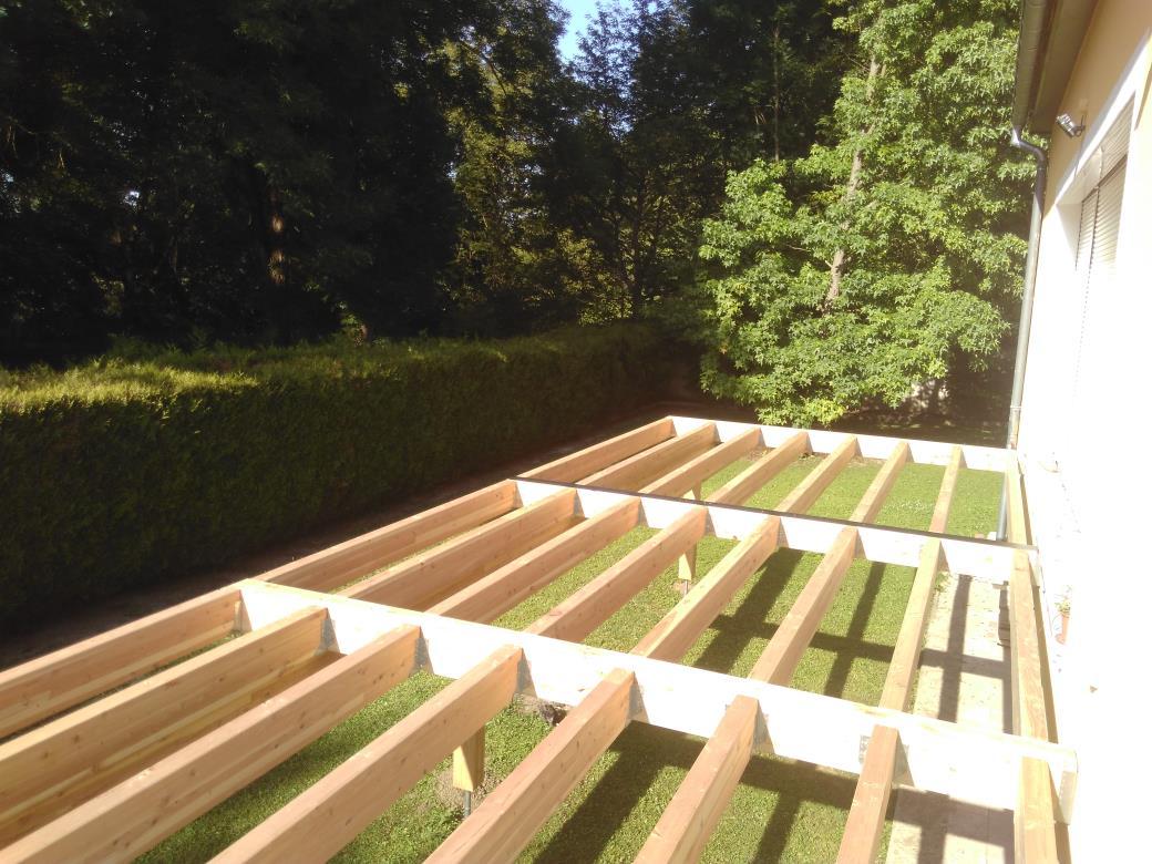 Structure de terrasse bois en lamellé-collé Mélèze.