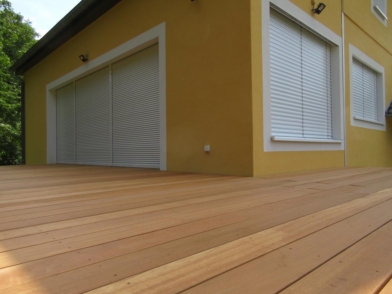 Vue de l'intégration de la terrasse avec la maison